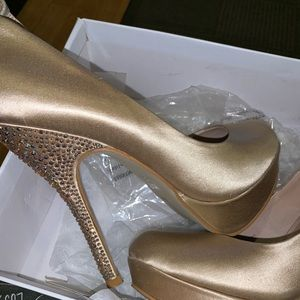 STEVE MADDEN platform heels with crystals on heel
